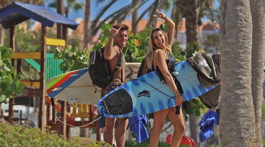 Czy surfing jest trudny? Poradnik początkującego surfera